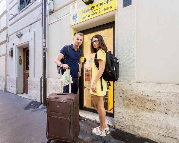 Stow your bags - Entrada | ROMA | VIA GERMANICO 20 | Vaticano