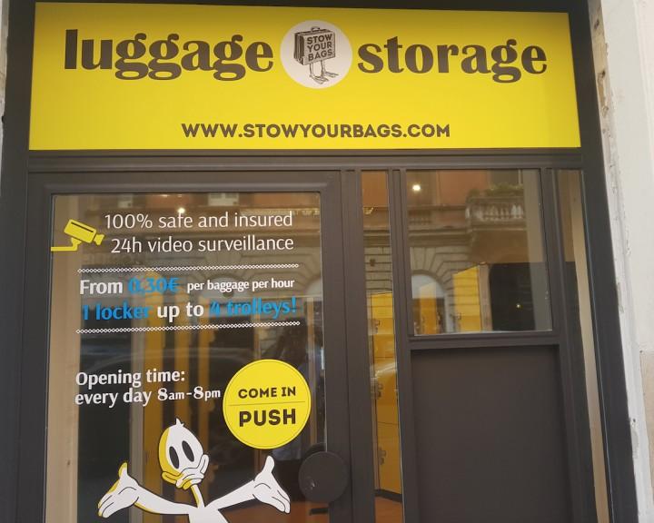 Train station baggage storage