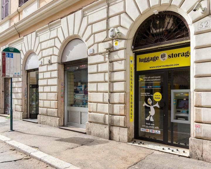 Stow your bags - Entrata | ROMA | Via Turati 52 | Stazione Termini