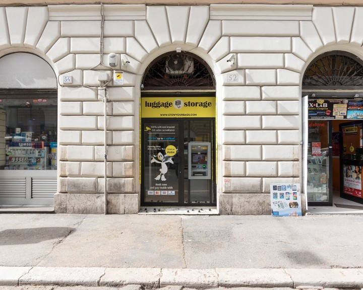 Stow your bags - Fachada | ROMA | Via Turati 52 | Estação de trem Termini