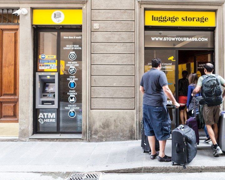 Stow your bags - Entrance | FLORENCE | Via dell'Anguillara 58 | Uffizi Gallery | Santa Croce